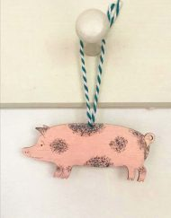 Spotted pig decoration