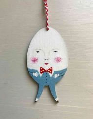 Humpty dumpty wooden decoration