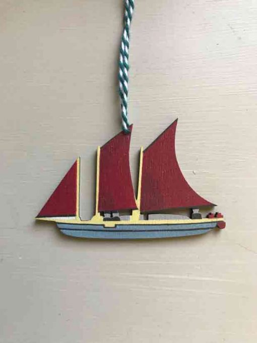Oyster catcher boat wooden decoration