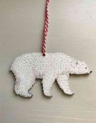 Polar bear wooden deocoration