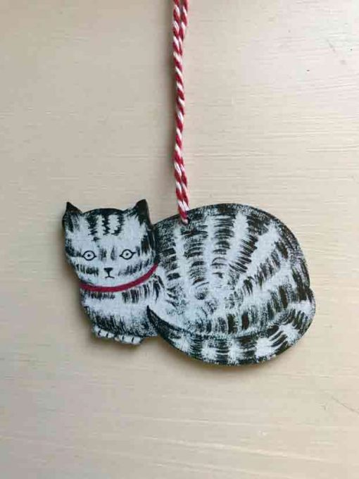 Tabby cat wooden decoration