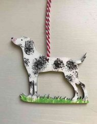 Pointer wooden decoration