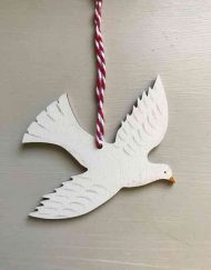 Swooping dove wooden decoration