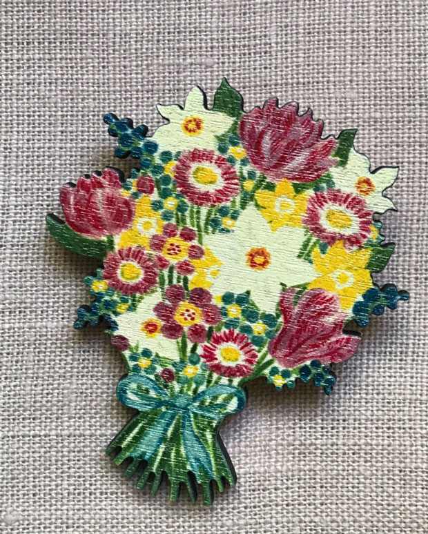 Spring Flower Brooch by Elizabeth Harbour